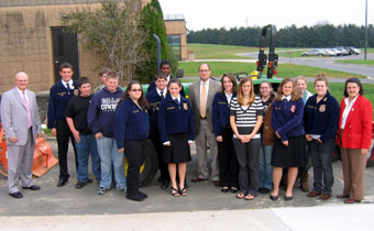 Photo of Cumberland Reg FFA with Secretary Fisher