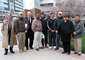 Photo of Kaplan, Secretary Kuperus and NJDA Asian longhorned beetle crew