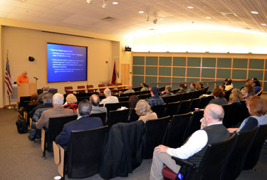 Photo of Dr. Wes Kline speaking at the FSMA info session