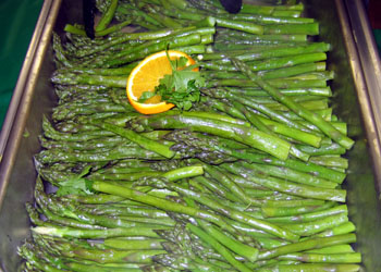 Photo of tray of cooked Jersey Fresh asparagus - Click to enlarge