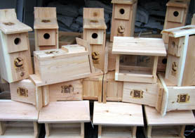 Photo of birdhouses made with Jersey Grown Wood - Click to enlarge
