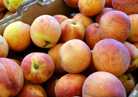 Photo of peaches at the West Orange Farmers Market - Click to enlarge