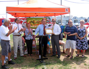 Photo of Seaside Park officials and Secretary Fisher