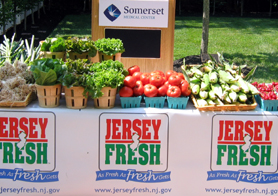 Photo of farm market stand at Somerset Medical Center - Click to enlarge