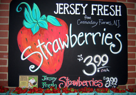 Photo of Jersey Fresh strawberries sign - Click to enlarge