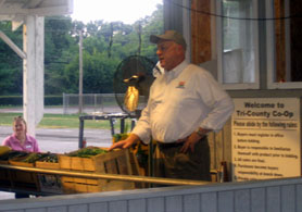 Photo of Secretary Kuperus at Tri County Auction - Click to enlarge