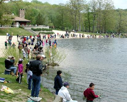 Njdep division of fish wildlife children 39 s fishing for Fishing lakes in nj