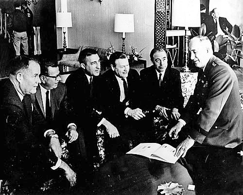 Gov. Scranton is pictured here second from the right.