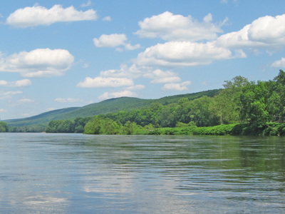 Delaware River Basin Delaware River Looking